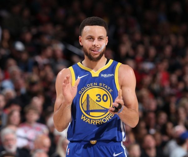 Berita Basket NBA | Warriors Kirim Stephen Curry ke G League.