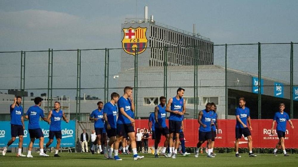 Berita Bola | Laga-Laga Ditunda, Barcelona Hentikan Aktivitas.