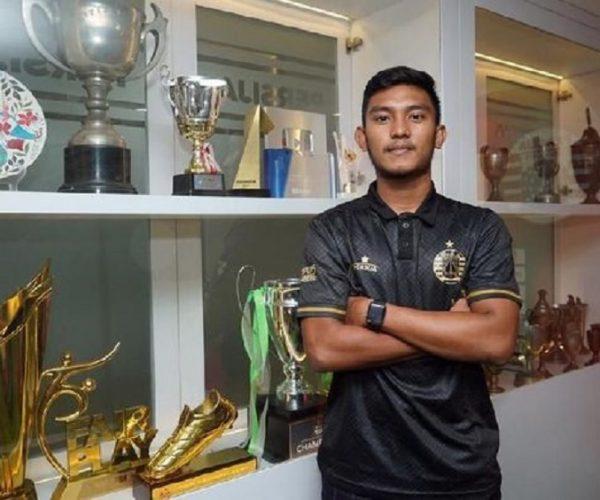 Berita Bola | Peluang Bermain Tertutup, Rafli pun Dipinjamkan Persija Jakarta.