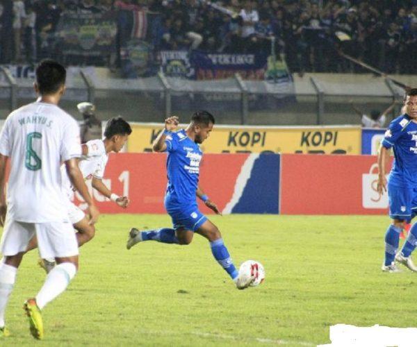 Berita Bola | Zulham Zamrun Ungkap Rasanya Debut Kedua yang Singkat di Persib Bandung.