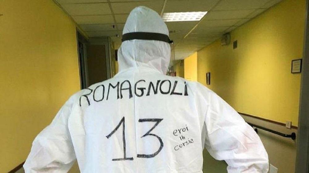 Berita Bola | Kisah APD Nomor Punggung Pesepakbola Idola dari Tenaga Medis Italia.