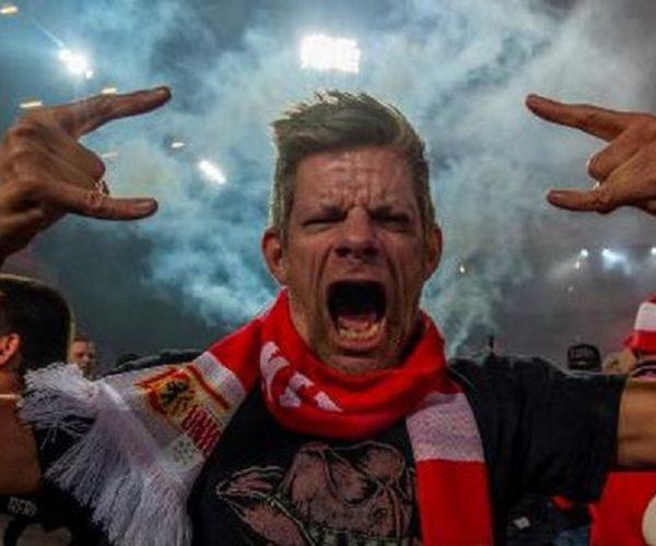 Berita Bola | Awas! Hukuman Menanti Jika Suporter Bundesliga Ngotot Datang ke Stadion.